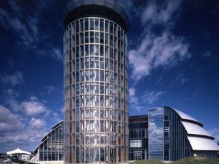 境港のランドマーク!全面ガラス張りのタワーです!