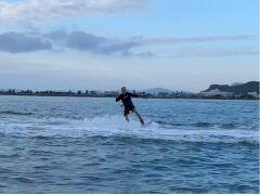 はまっちゃう★ウェイクボード 海上版「スノーボード」スピード感とサーフィンを一度に楽しめちゃうウェイクボード!!